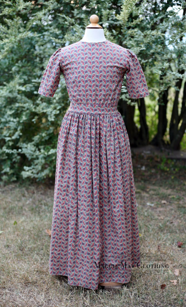 Girl's historically inspired cotton dress