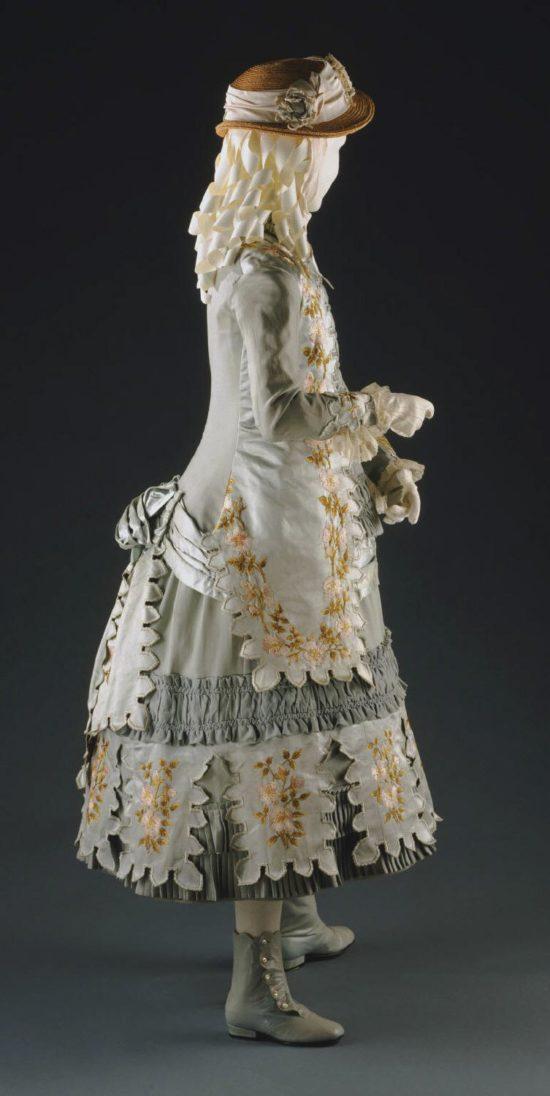 Girl's dressy bustle gown