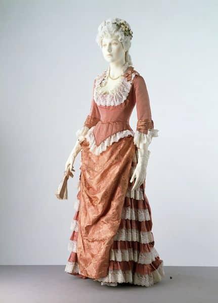 Cuirass bodice evening gown